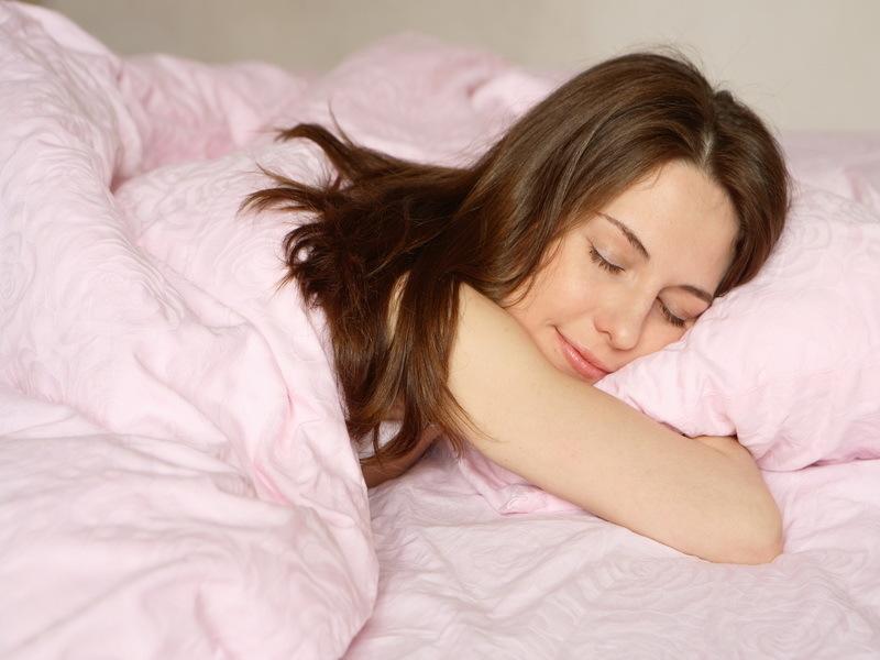 Доставать во сне волосы изо рта
