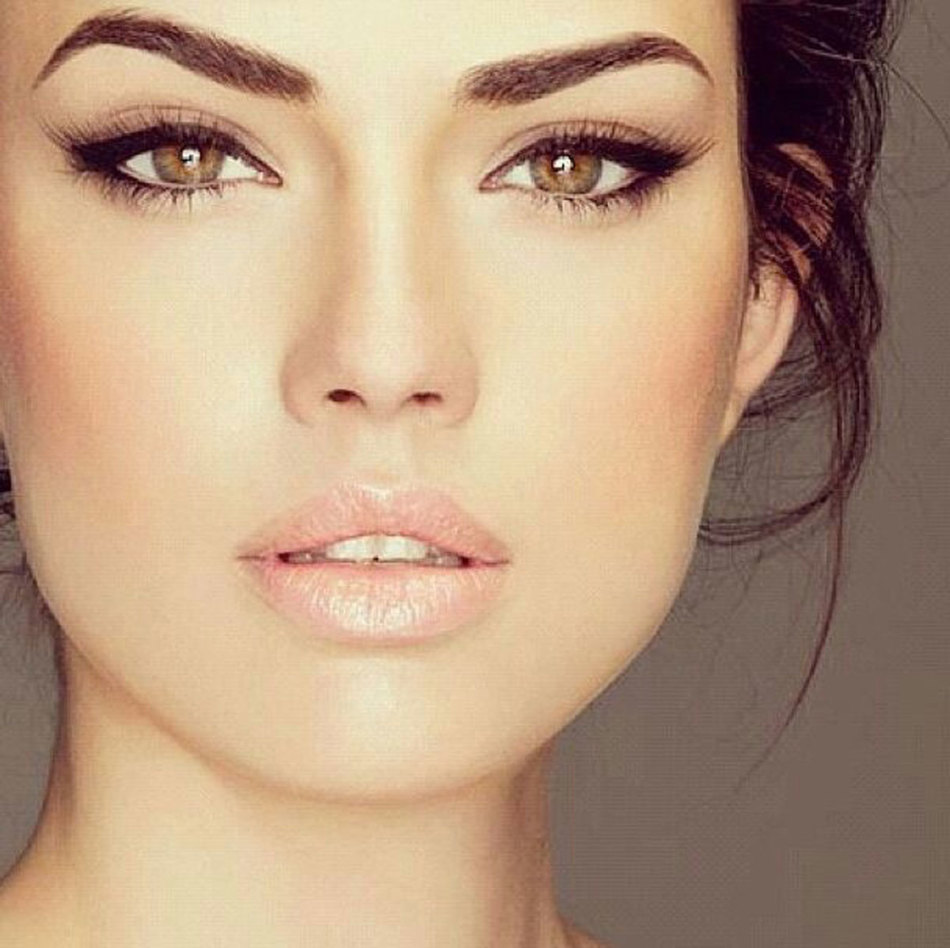 Фото макияж для небольшие карих глаз