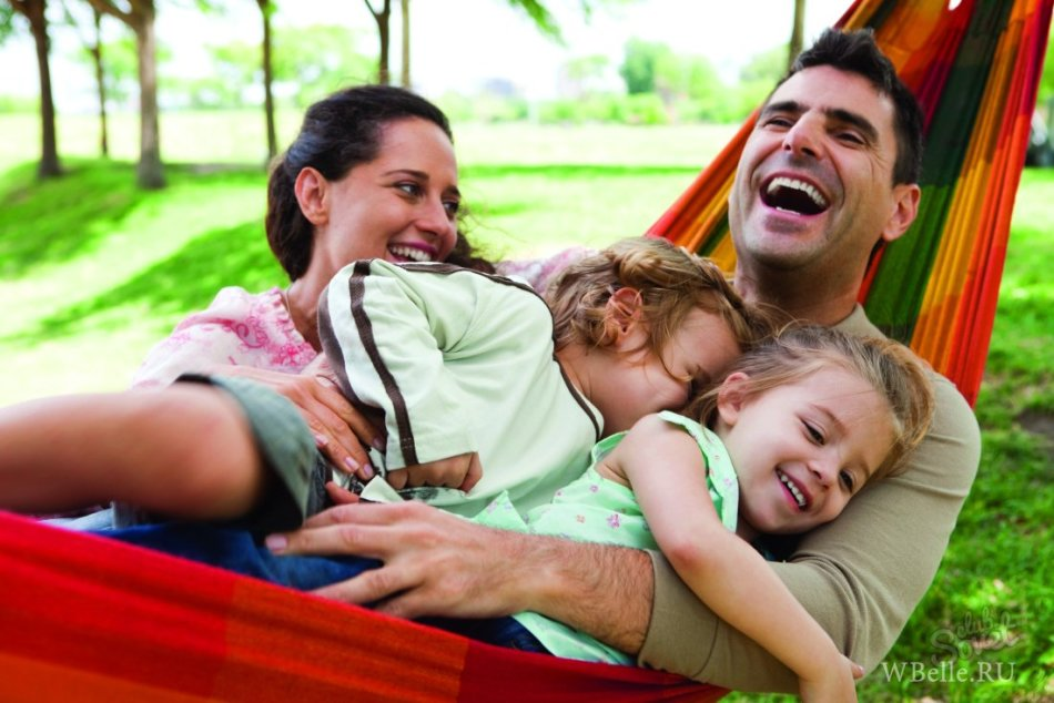 Муж не проводит время с семьей
