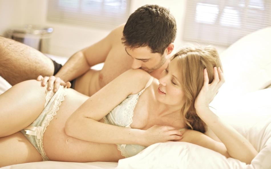 Видео как правильно заниматься сексом з беременной женщиной 7 фотография