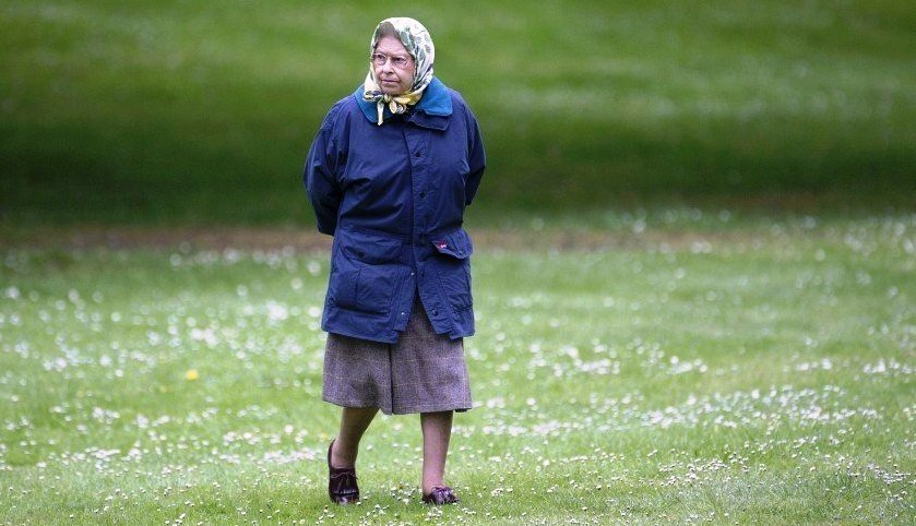 Королева великобритании елизавета ii на отдыхе
