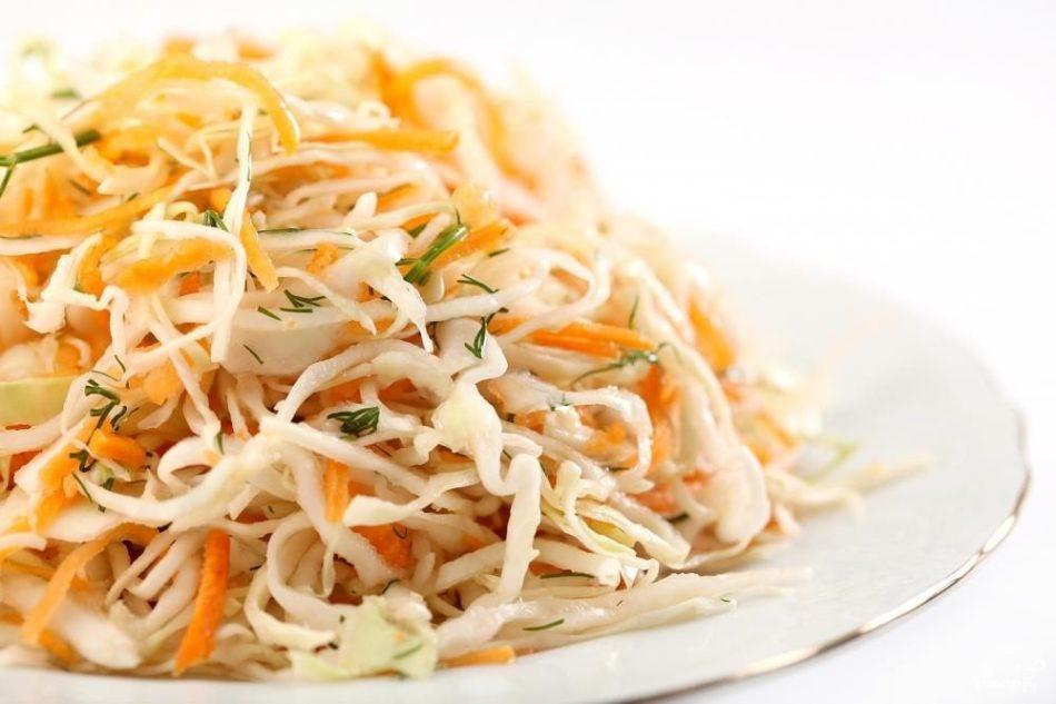 Салат из свежей капусты с морковью и перцем рецепт очень вкусный