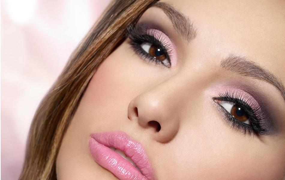 Простой и красивый макияж тенями для голубых глаз фото пошагово