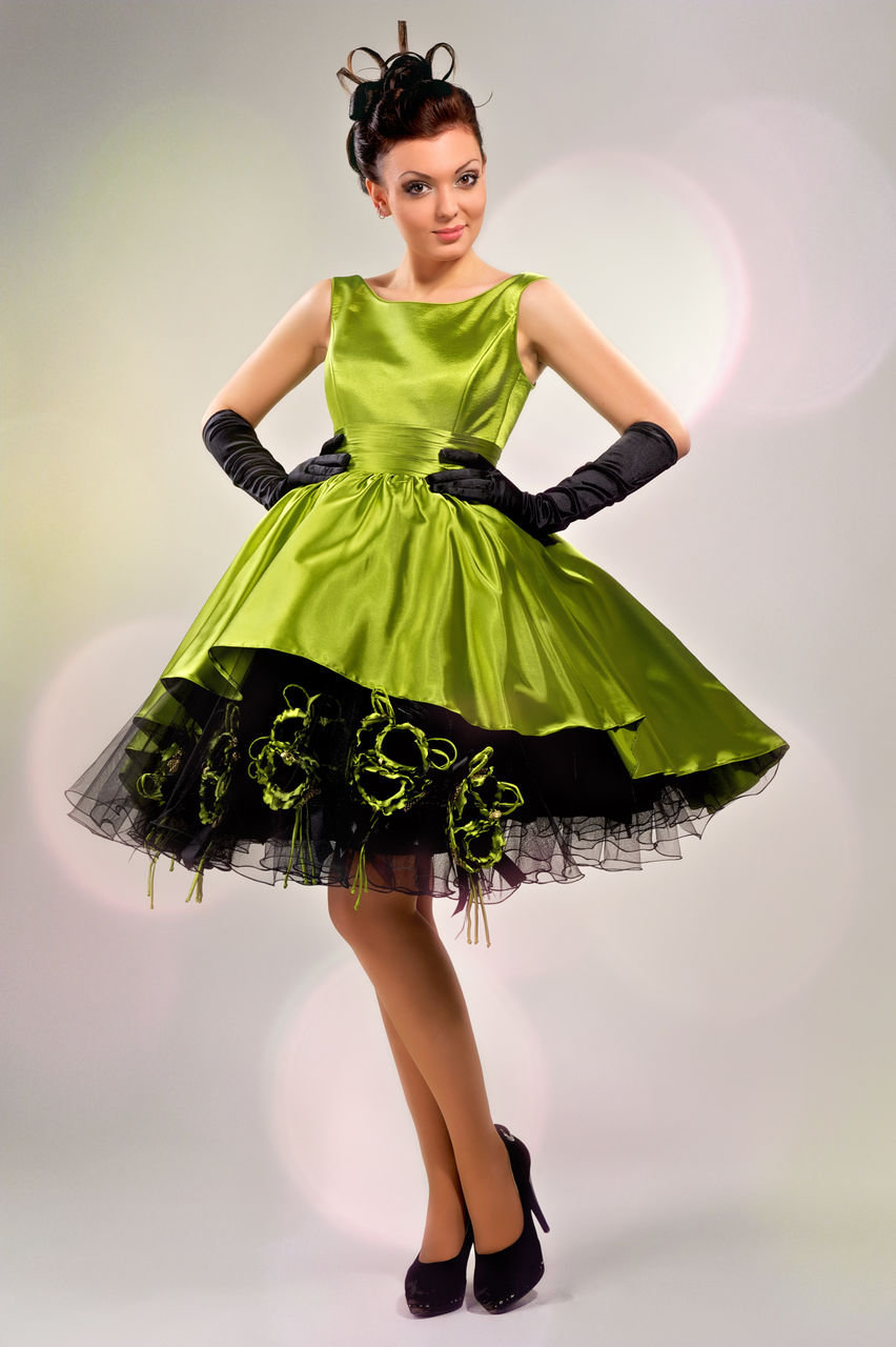 Платья в стиле стиляги с пышной юбкой