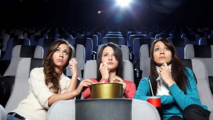 Какой фильм посмотреть девочке подростку?