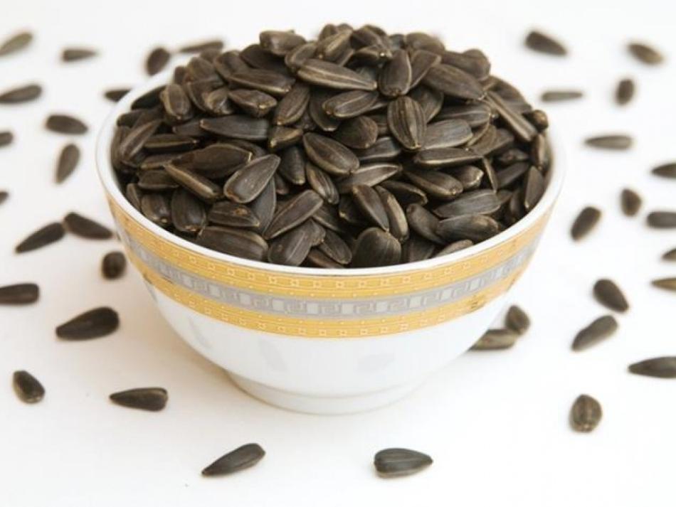 Сколько минут жарить семечки подсолнуха на сковороде, в духовке, микроволновке?