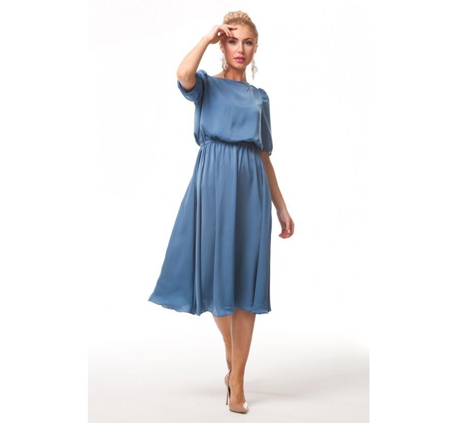 Простое шёлковое платье лёгкое и воздушное - как раз для лета