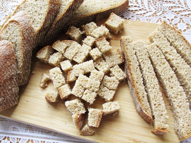 как сушить сухари в духовке из черного хлеба