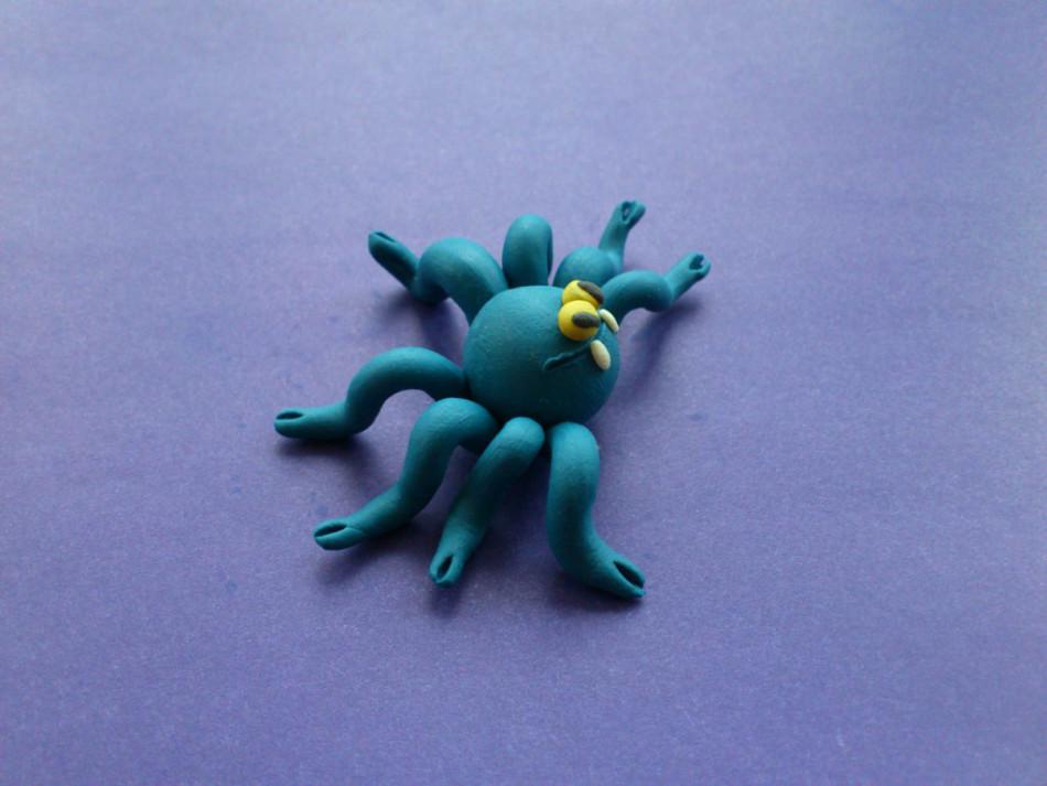 Как сделать из пластилина пауков 185