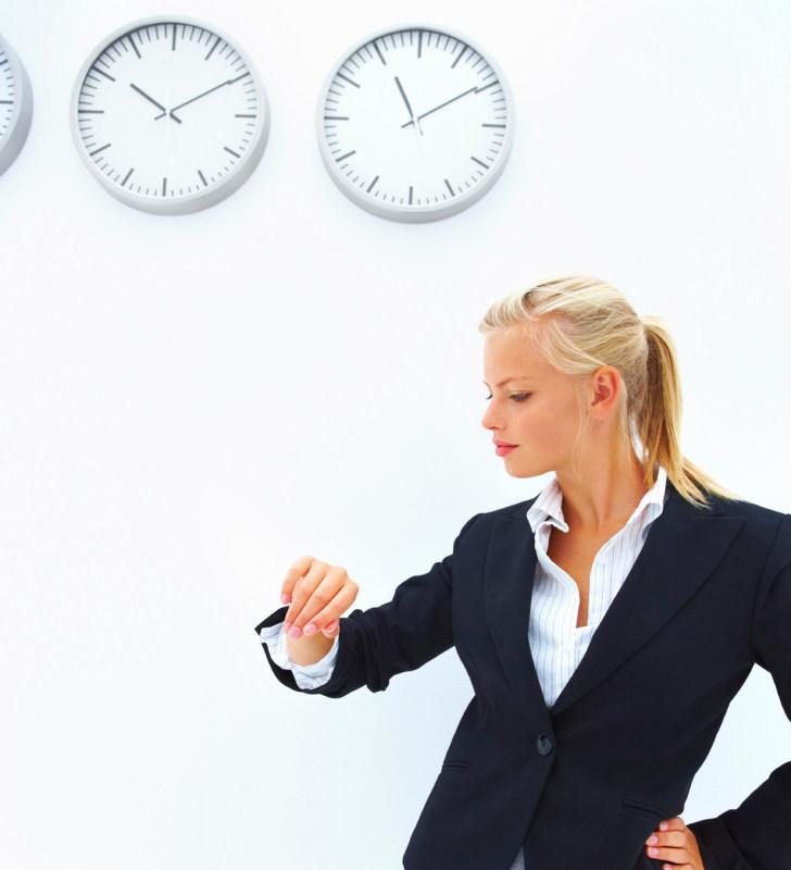как пацан имеет на работе деловую даму