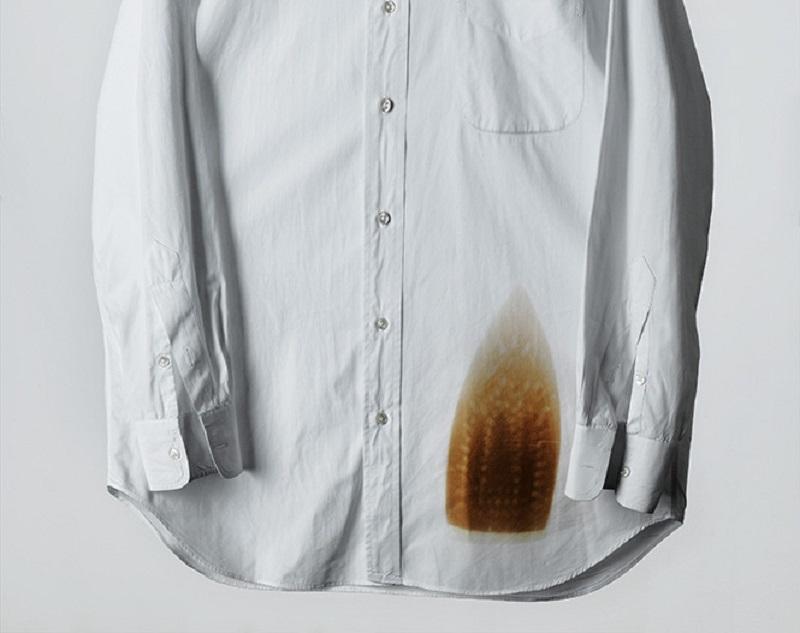 Как удалить на юбке пятно от утюга