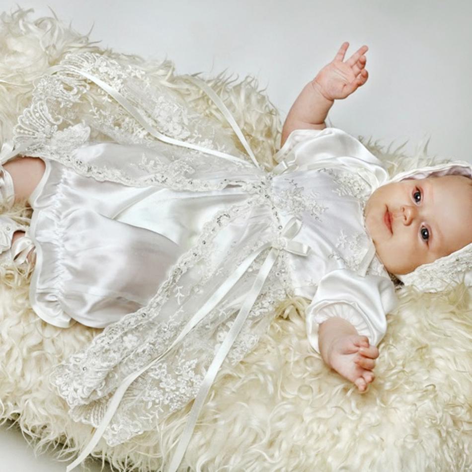 Платье для ребенка на выписку из роддома