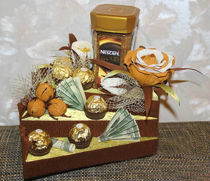 Подарки собранные из конфет