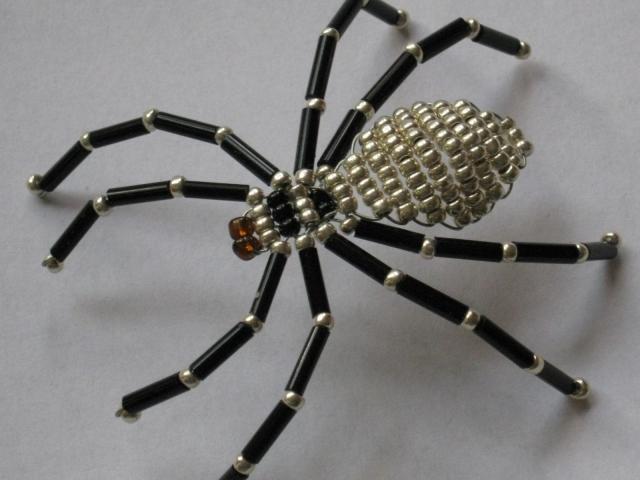 Как сделать своими руками паука из бумаги