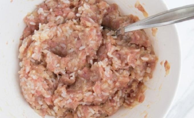 Тефтели из куриного фарша с рисом в духовке рецепт