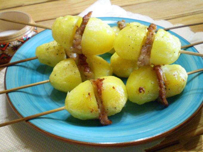 Картошка шпажках рецепты фото