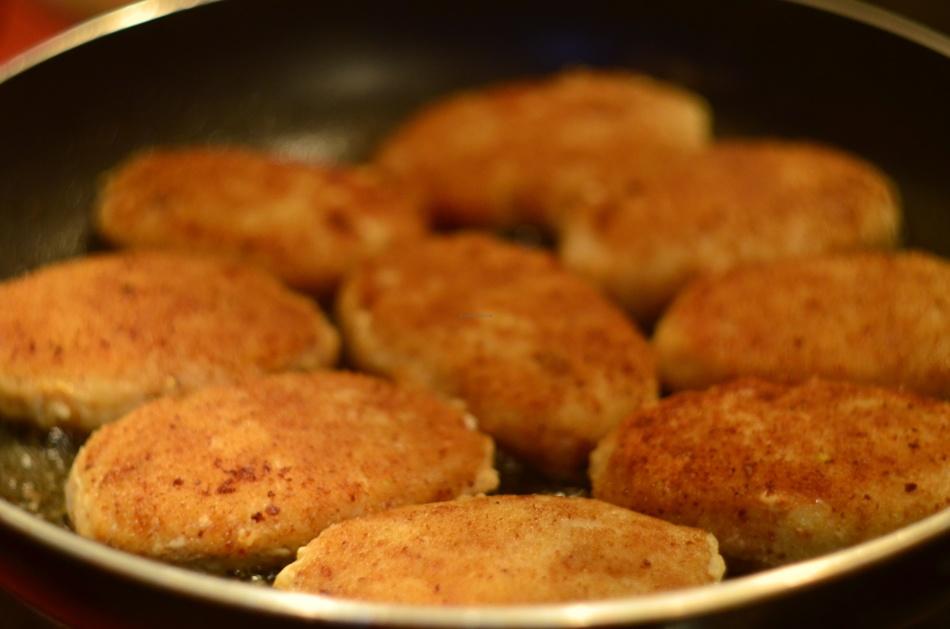 Биточки рыбные рецепт пошагово с фото