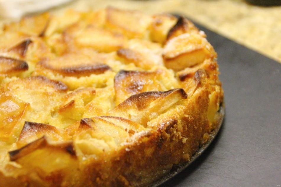 Рецепт шарлотки классической с яблоками