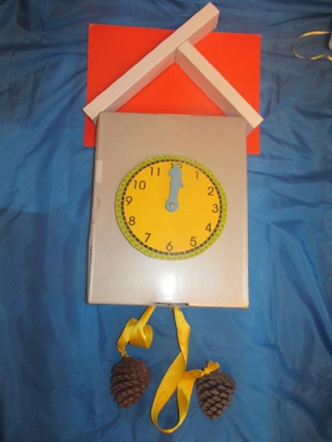 Как сделать новогодние часы из картона
