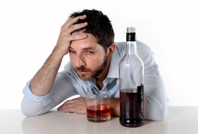 Как излечить мужской алкоголизм