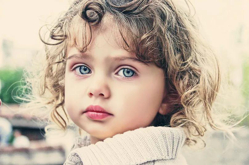 Фото детей синими глазами