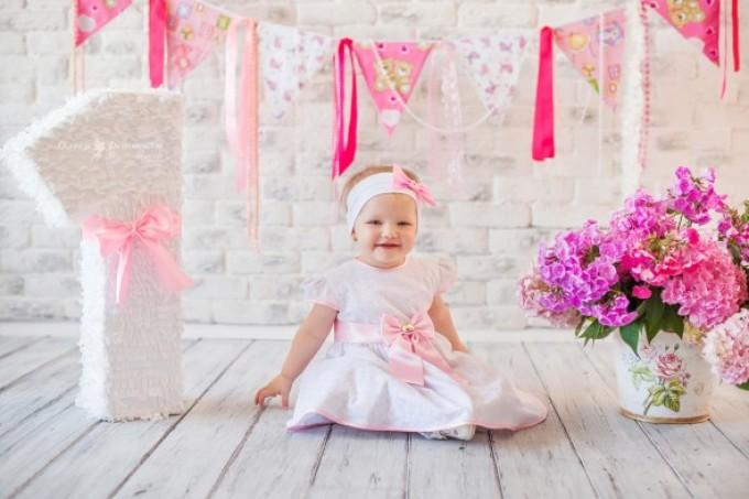 Как украсить фотозону на годик девочке