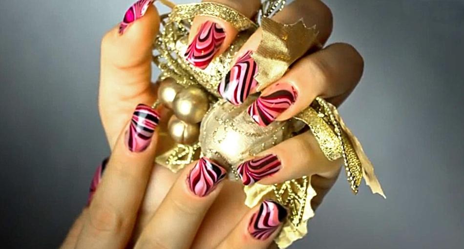 Необычное оформление ногтей