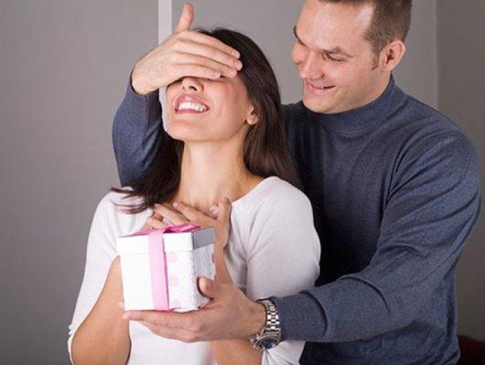Как заставить мужа дарить подарки 45