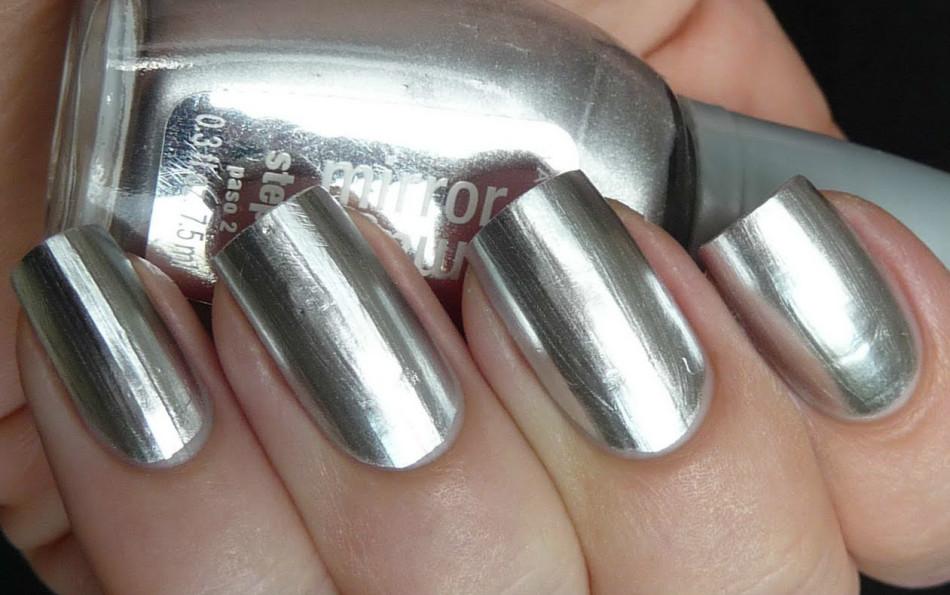 Как сделать ногти серебряными