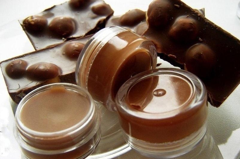 Бальзамы для губ своими руками. 3 лучших рецепта бальзама для губ. Медовый, шоколадный и облепиховый бальзамы для губ