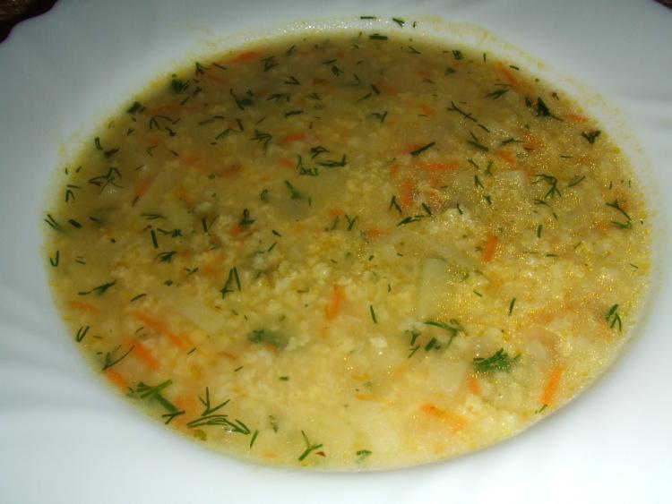 Пшенный суп: пример готового блюда и его подачи