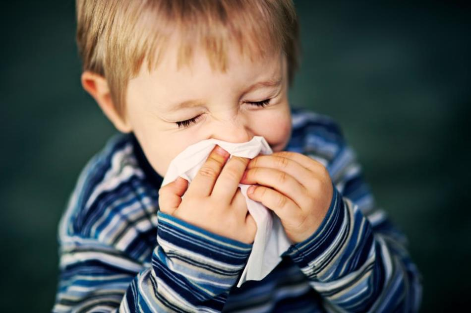При помощи небулайзера можно лечить насморк у детей