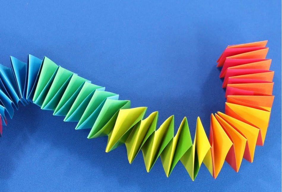 Объёмная змея из бумаги своими руками