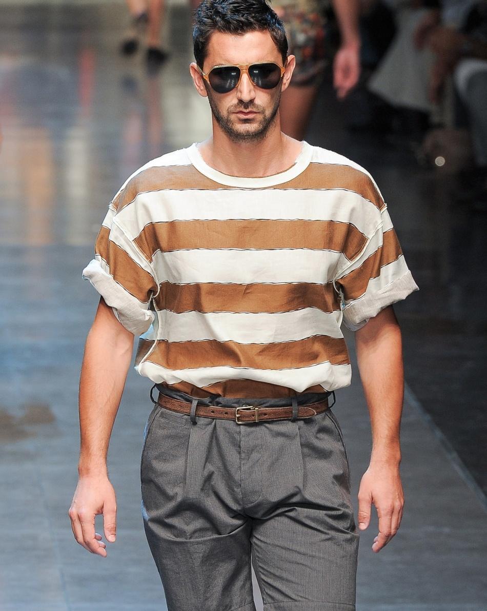 Стильная уличная мода на лето 2018-2019 года для полных мужчин