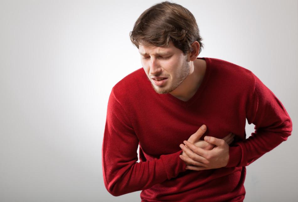 Симптомы инфаркта миокарда у людей после 30 лет и моложе