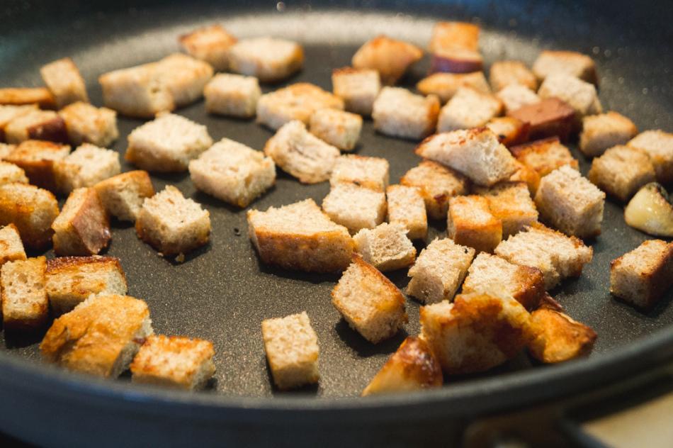 Как на сковородке сделать сухарики 631