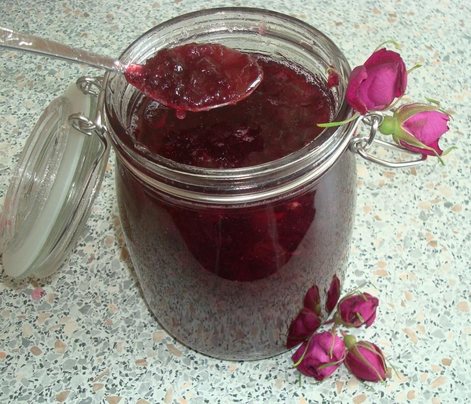 Из розы чайной ешь варенье, и наступит исцеление рецепт с фотографиями