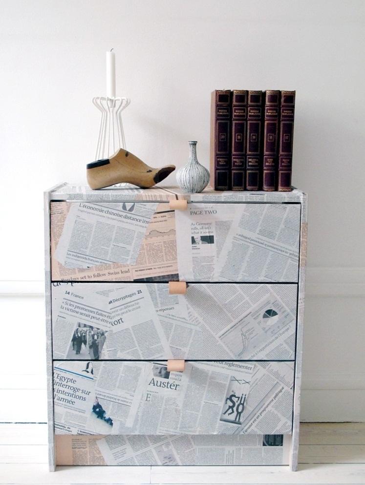 Декупаж комода старыми газетами