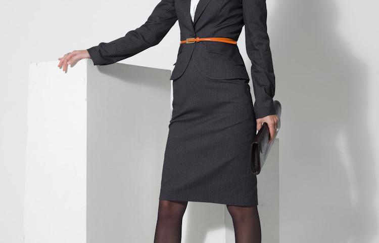 Деловой женский костюм юбка и жилет