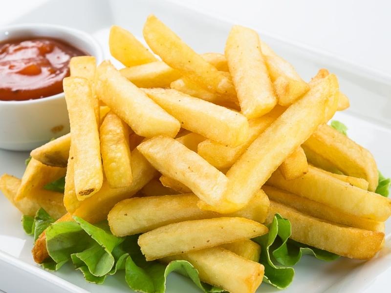 Вкусную картошку фри можно приготовить дома