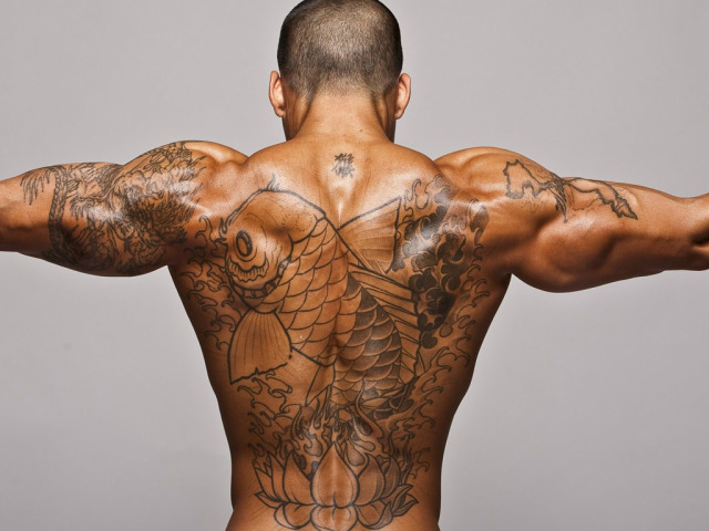 Смотреть ласки мужской груди