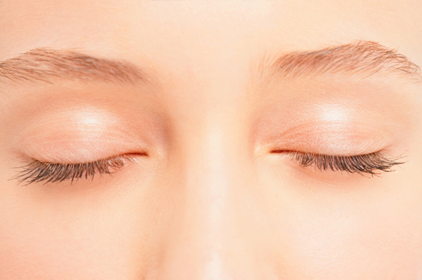 Развитие мозга с закрытыми глазами