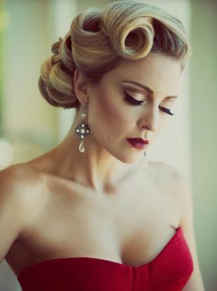 Блондинки сняли платье фото 236-319