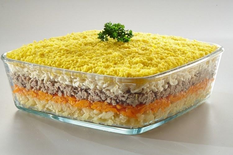 Как сделать салат мимоза из консервы рецепты