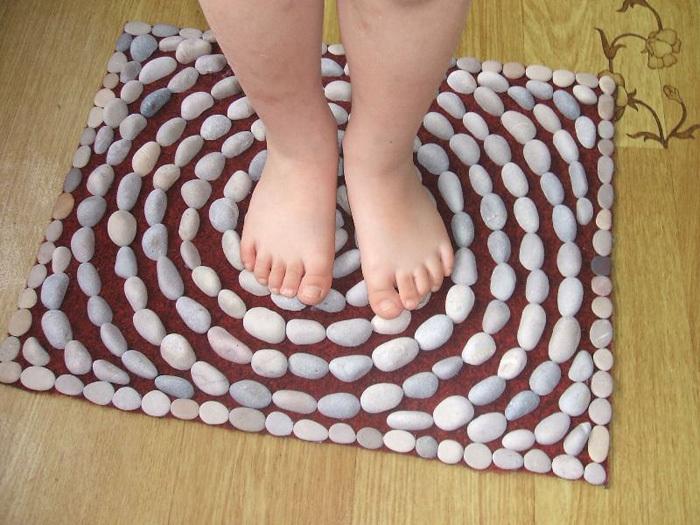Ортопедический коврик своими руками из каштанов 69