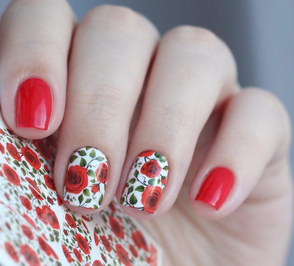 Красные розы на ногтях фото