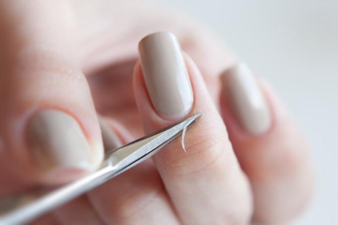 Как правильно сделать маникюр в домашних условиях на короткие ногти