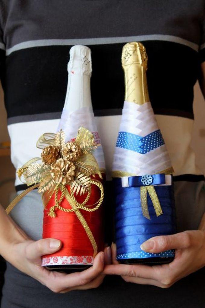 Как украсить лентами бутылку шампанского на новый год