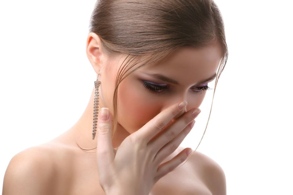почему при диете воняет изо рта