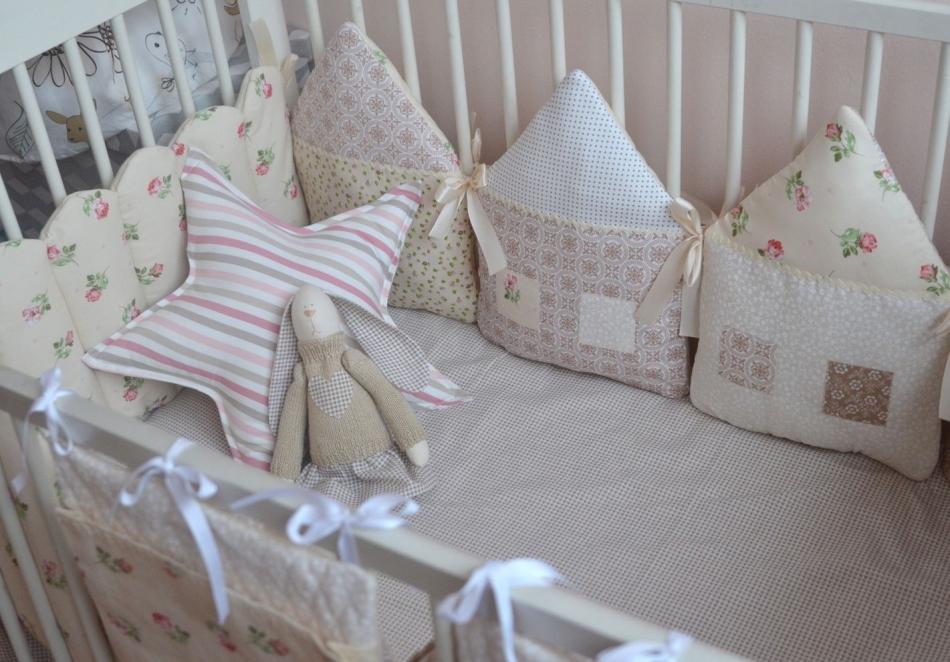 Бортики в кроватку домики для новорожденных своими руками выкройки